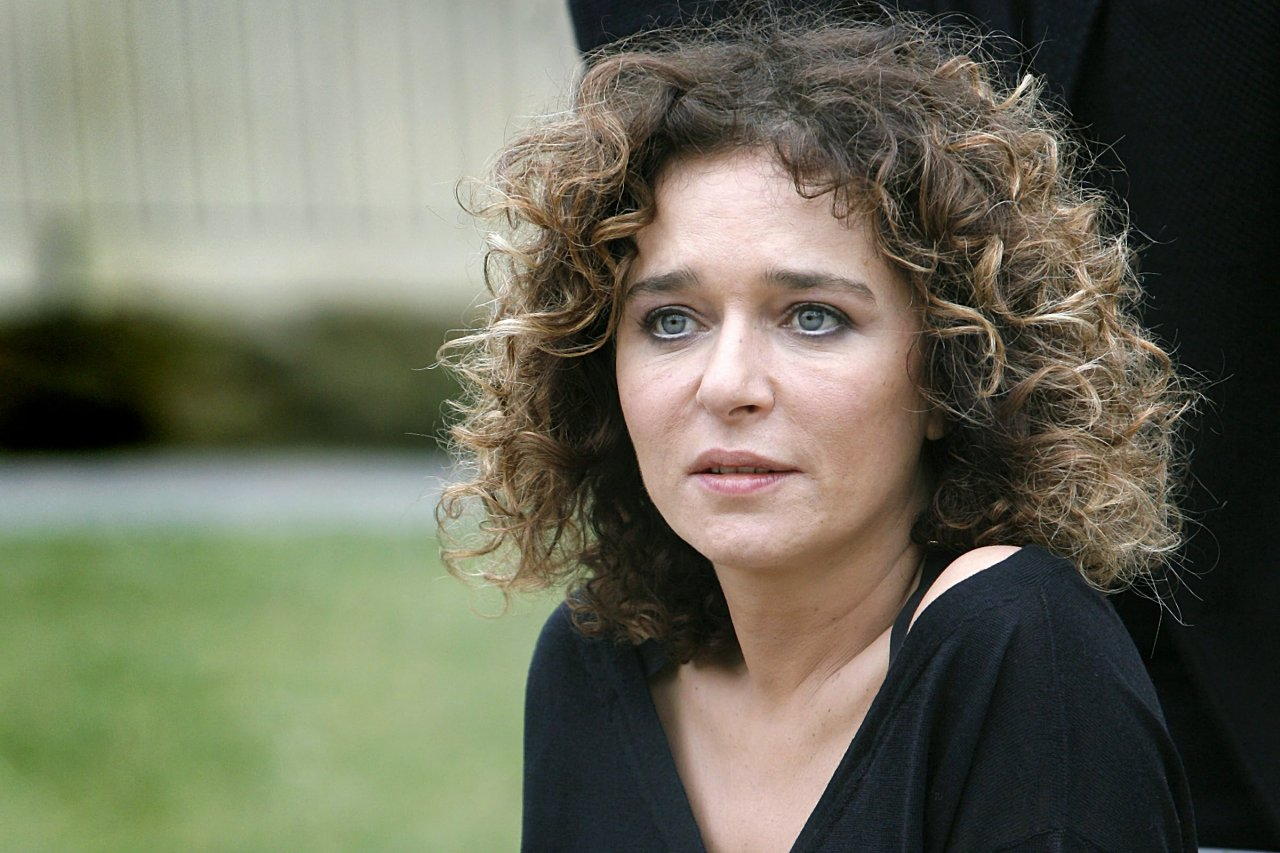 valeria golino intervistavaleria golino photo, valeria golino the man i love, valeria golino storia d'amore, valeria golino figli, valeria golino 1990, valeria golino instagram, valeria golino vita privata, valeria golino nuovo fidanzato, valeria golino фото, valeria golino personal life, valeria golino intervista, valeria golino net worth, валерия голино, valeria golino 2015, valeria golino imdb, valeria golino hot shots, валерия голино личная жизнь, valeria golino riccardo scamarcio, valeria golino incinta, valeria golino altezza